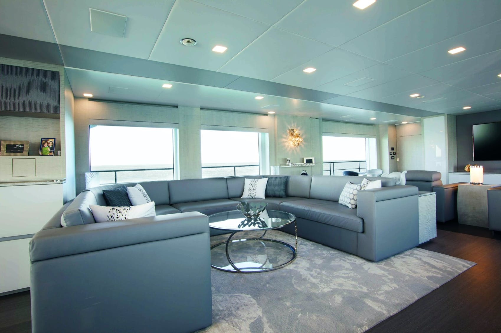 Seasonal Rates for `H Private Luxury Yacht For Charter
