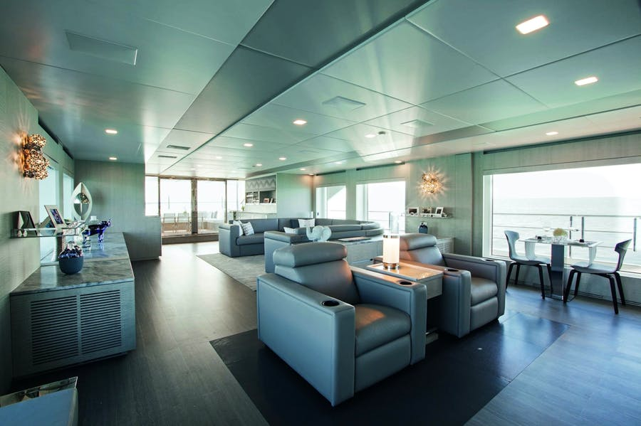 Features for `H Private Luxury Yacht For charter