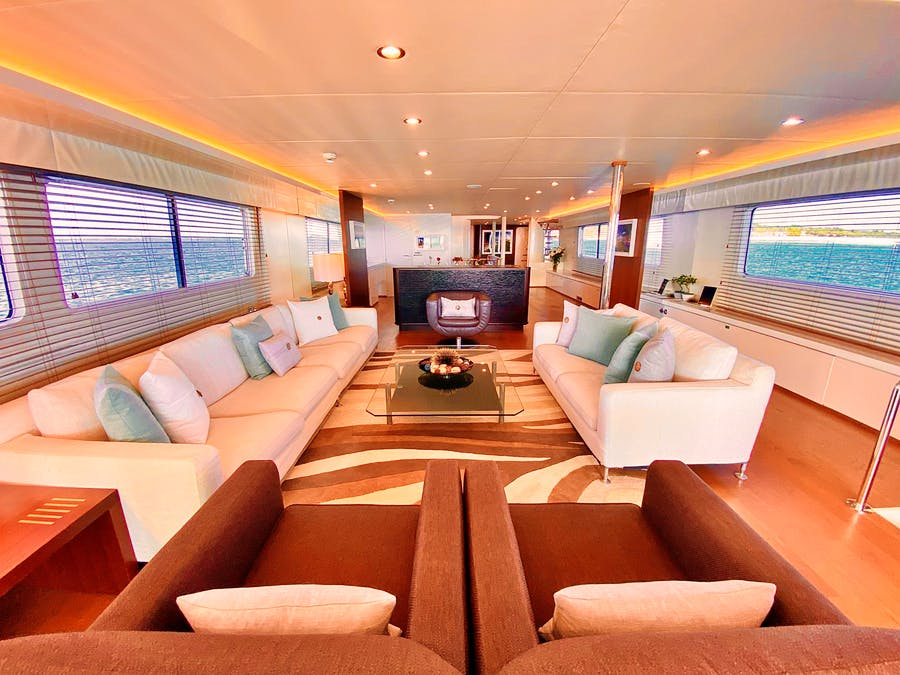 Features for LIONSHARE Private Luxury Yacht For charter