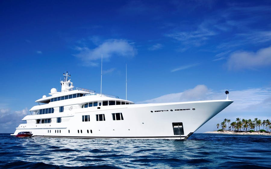 Seasonal Rates for LADY S Private Luxury Yacht For Charter