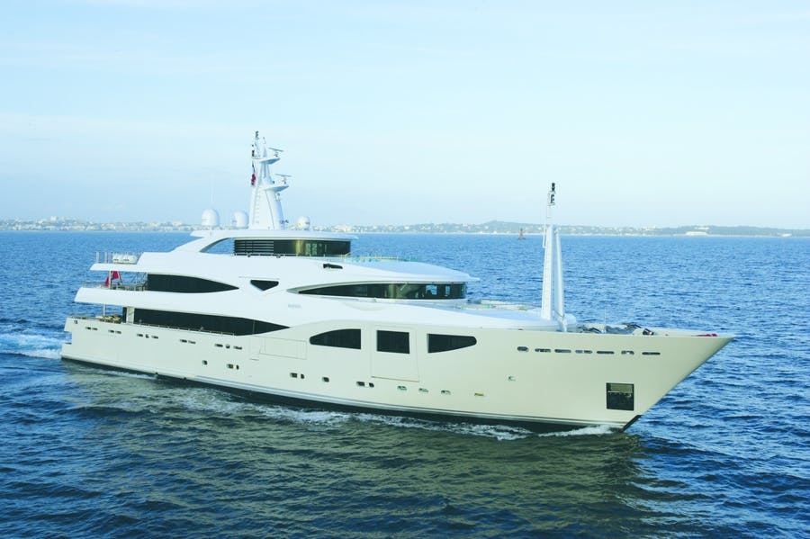 Seasonal Rates for MARAYA Private Luxury Yacht For Charter
