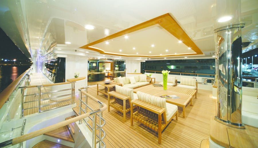Features for MARAYA Private Luxury Yacht For charter