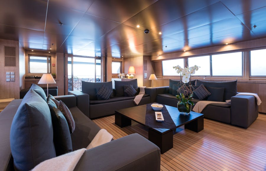 Tendar & Toys for MARIU Private Luxury Yacht For charter