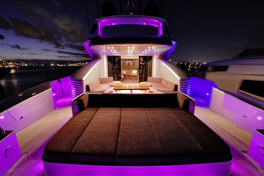 Features for MY TOY Private Luxury Yacht For charter