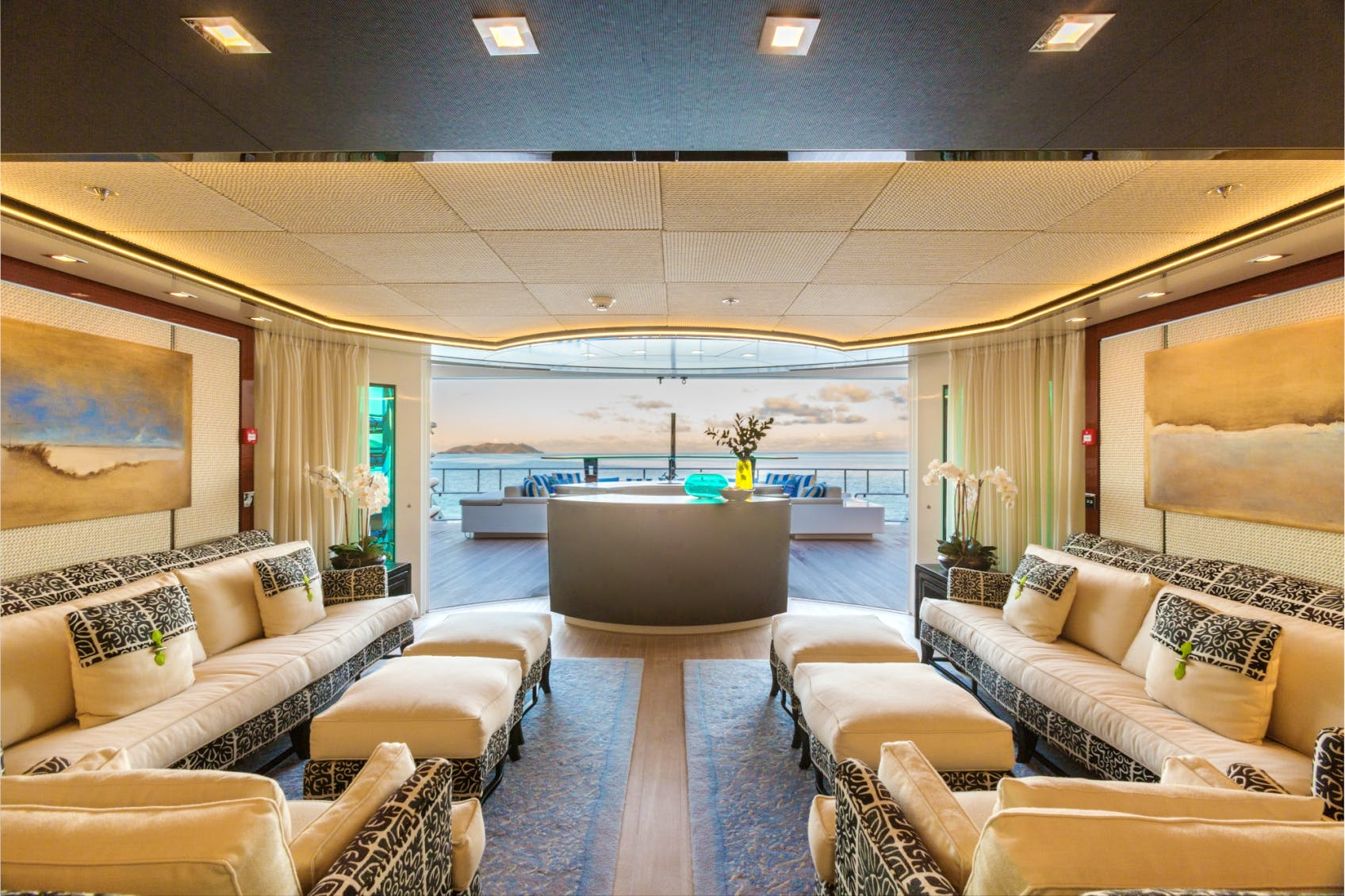 Seasonal Rates for PARTY GIRL Private Luxury Yacht For Charter
