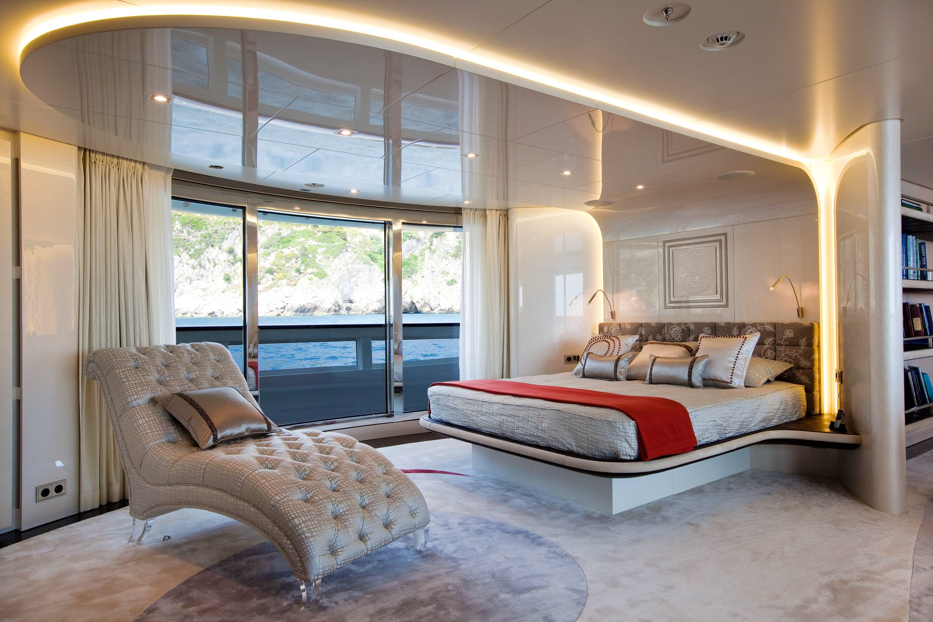 Seasonal Rates for QUITE ESSENTIAL Private Luxury Yacht For Charter