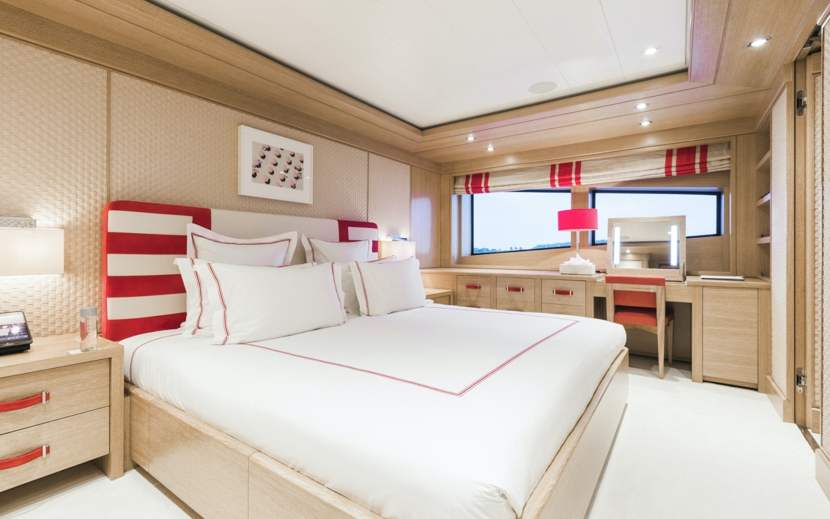 Seasonal Rates for RAMBLE ON ROSE Private Luxury Yacht For Charter