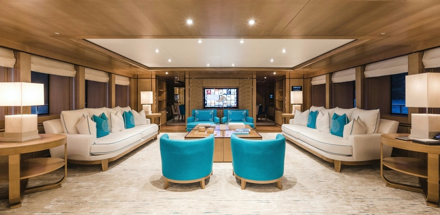 Features for RAMBLE ON ROSE Private Luxury Yacht For charter