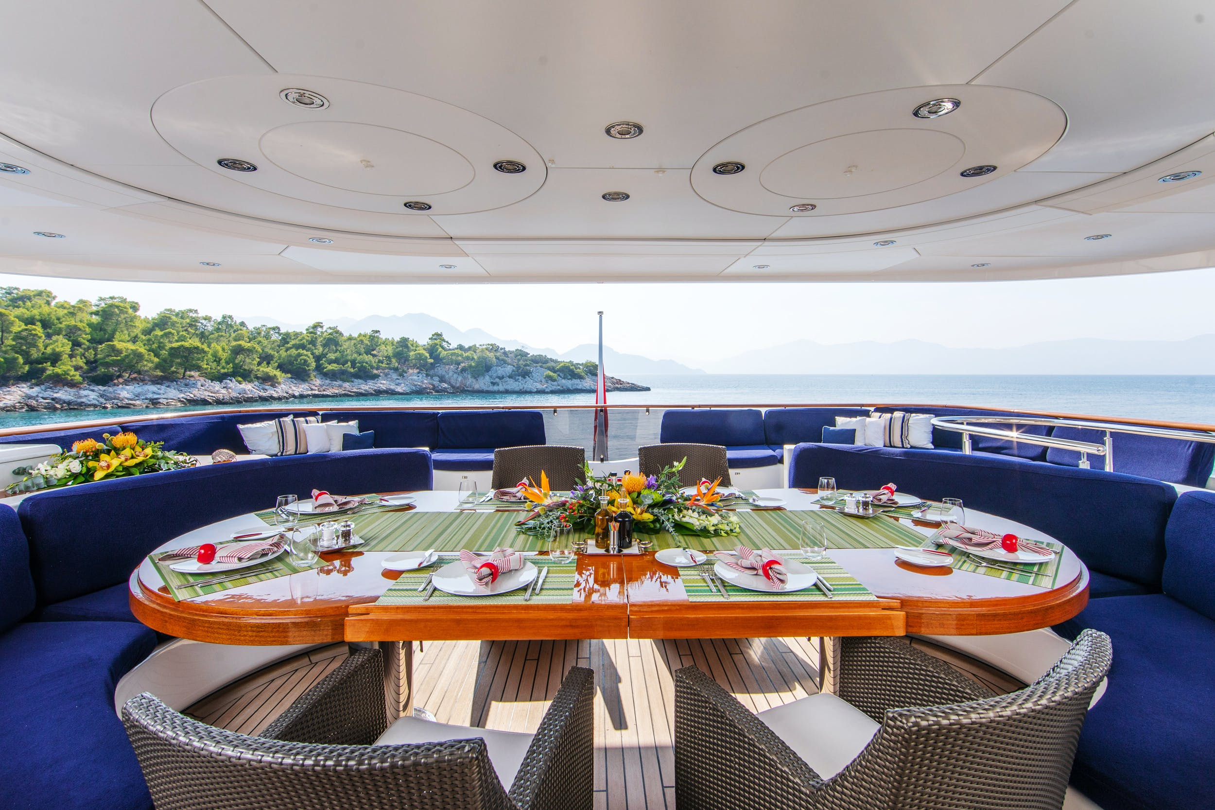 Seasonal Rates for RARE FIND Private Luxury Yacht For Charter