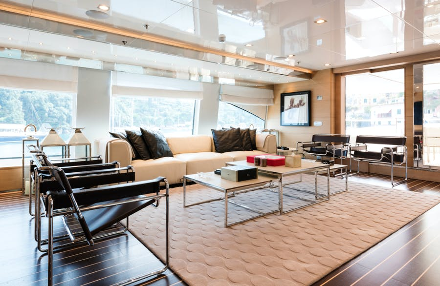 Features for RESILIENCE Private Luxury Yacht For charter