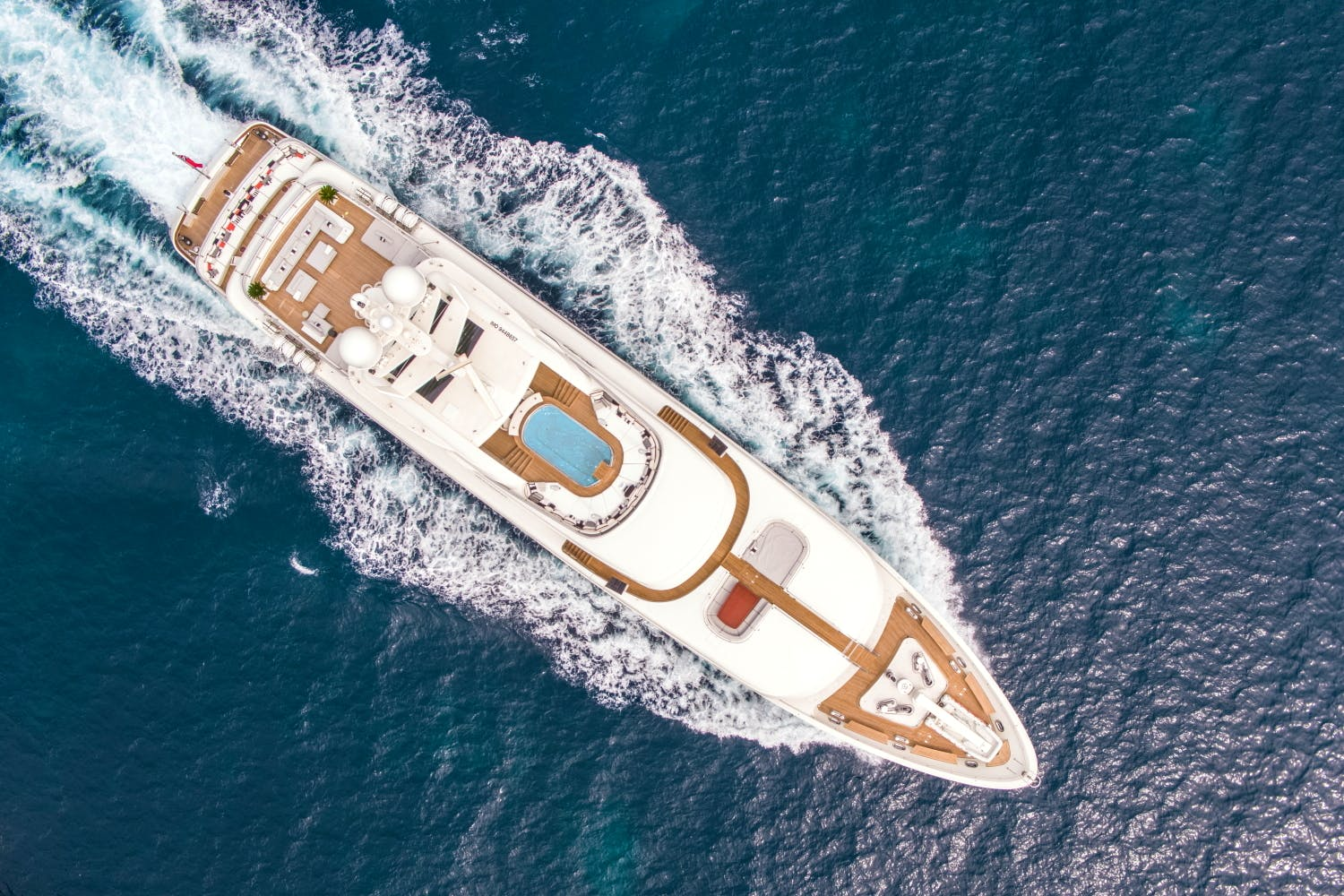 Seasonal Rates for ROMA Private Luxury Yacht For Charter