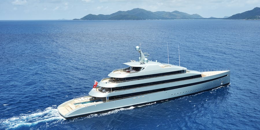 Seasonal Rates for SAVANNAH Private Luxury Yacht For Charter