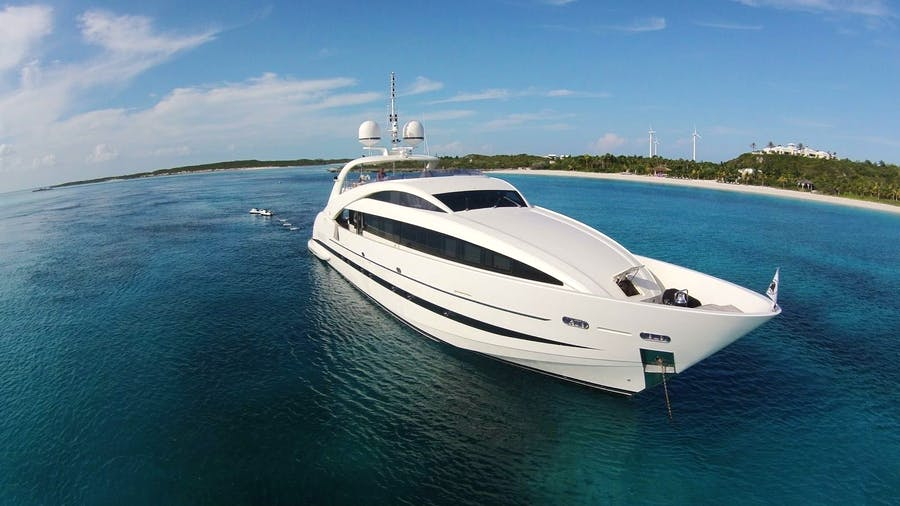 Seasonal Rates for Sealyon Private Luxury Yacht For Charter
