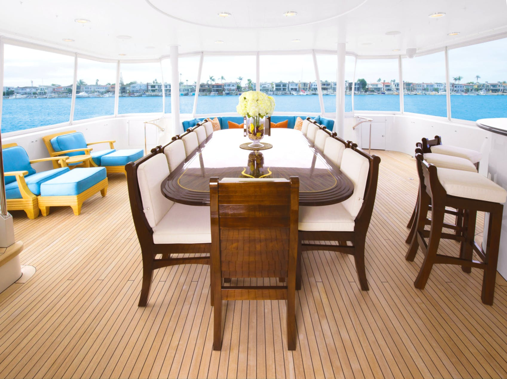 Seasonal Rates for SERENGETI Private Luxury Yacht For Charter