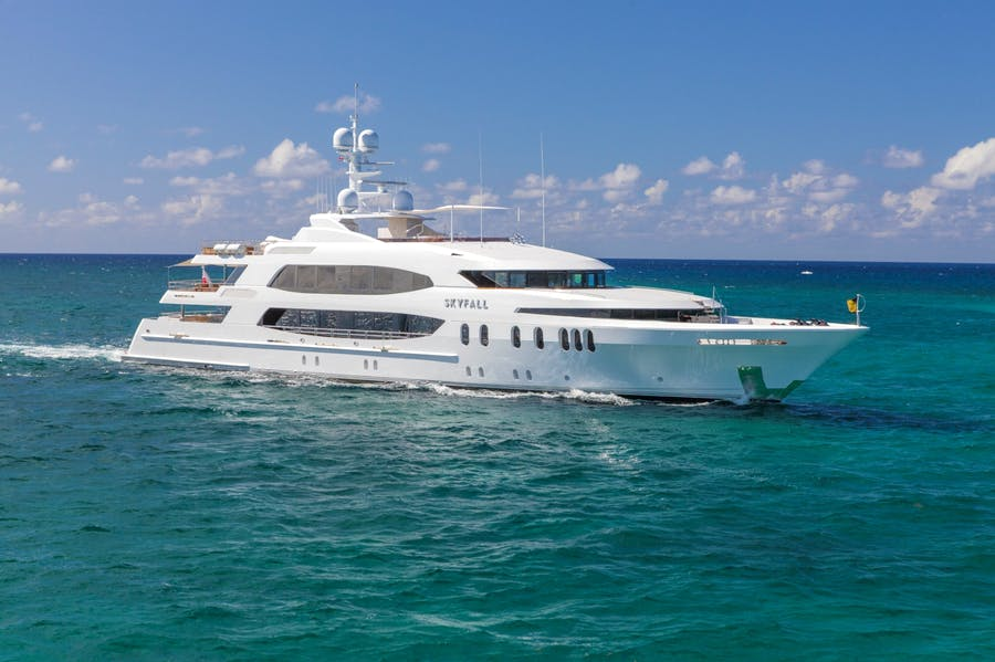 Seasonal Rates for SKYFALL Private Luxury Yacht For Charter