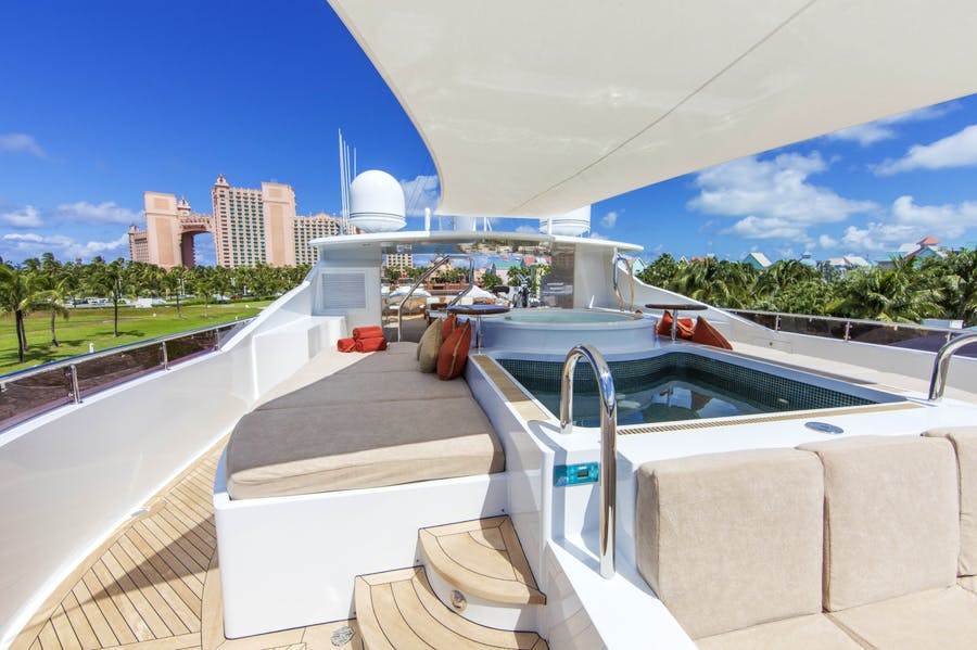Features for SKYFALL Private Luxury Yacht For charter