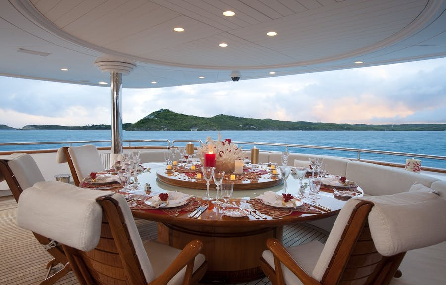 Features for Starfire Private Luxury Yacht For charter