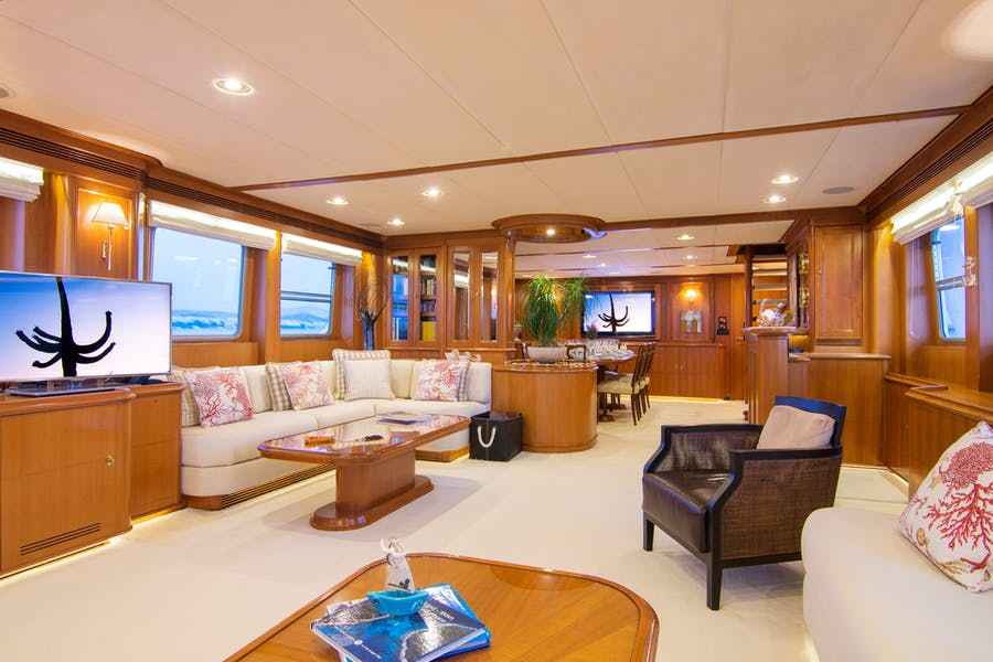 Tendar & Toys for SUNCOCO Private Luxury Yacht For charter