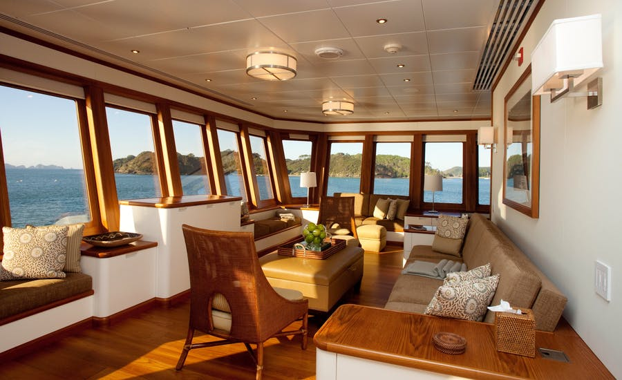 Features for SuRi Private Luxury Yacht For charter