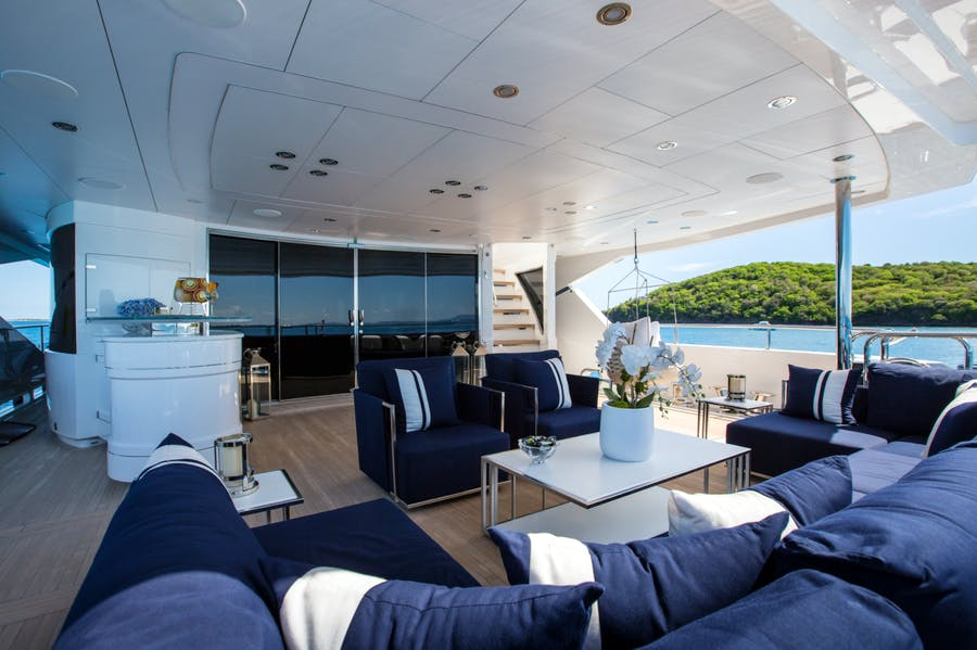 Features for TAKE 5 Private Luxury Yacht For charter