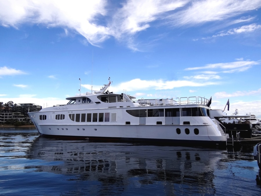 Features for TANGO Private Luxury Yacht For charter