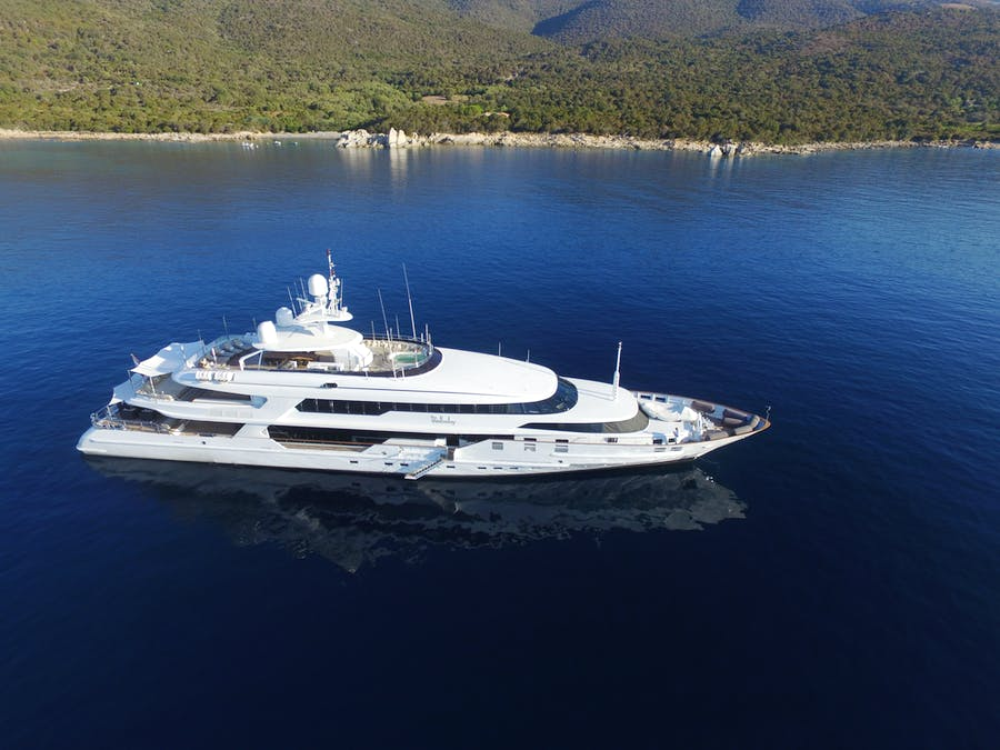 Seasonal Rates for THE WELLESLEY Private Luxury Yacht For Charter