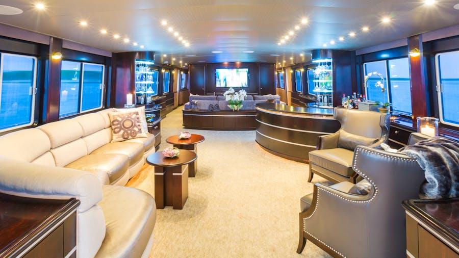 UNBRIDLED Yacht