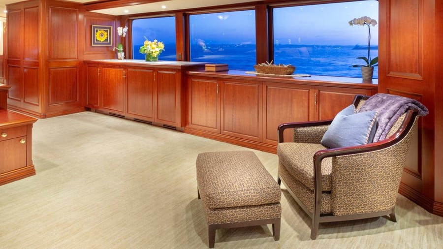 Features for IMPETUOUS Private Luxury Yacht For charter
