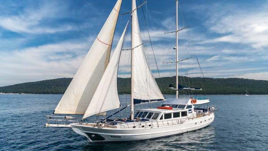 MASKE Yacht