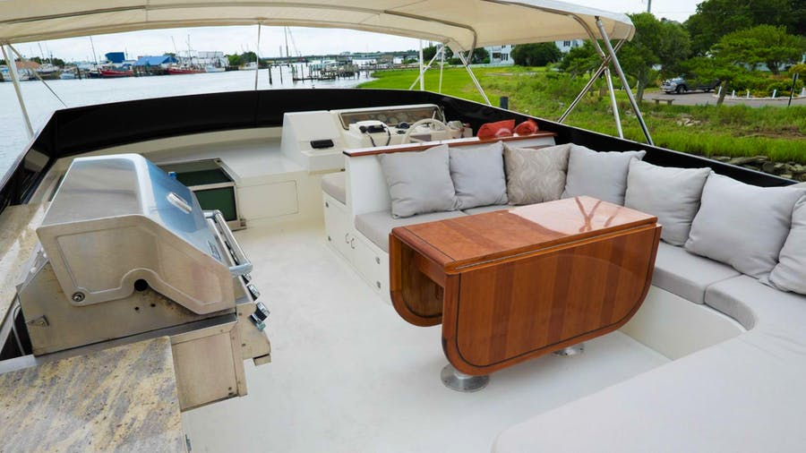 EVEREST Yacht