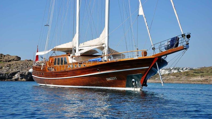 L'ORIENT Yacht
