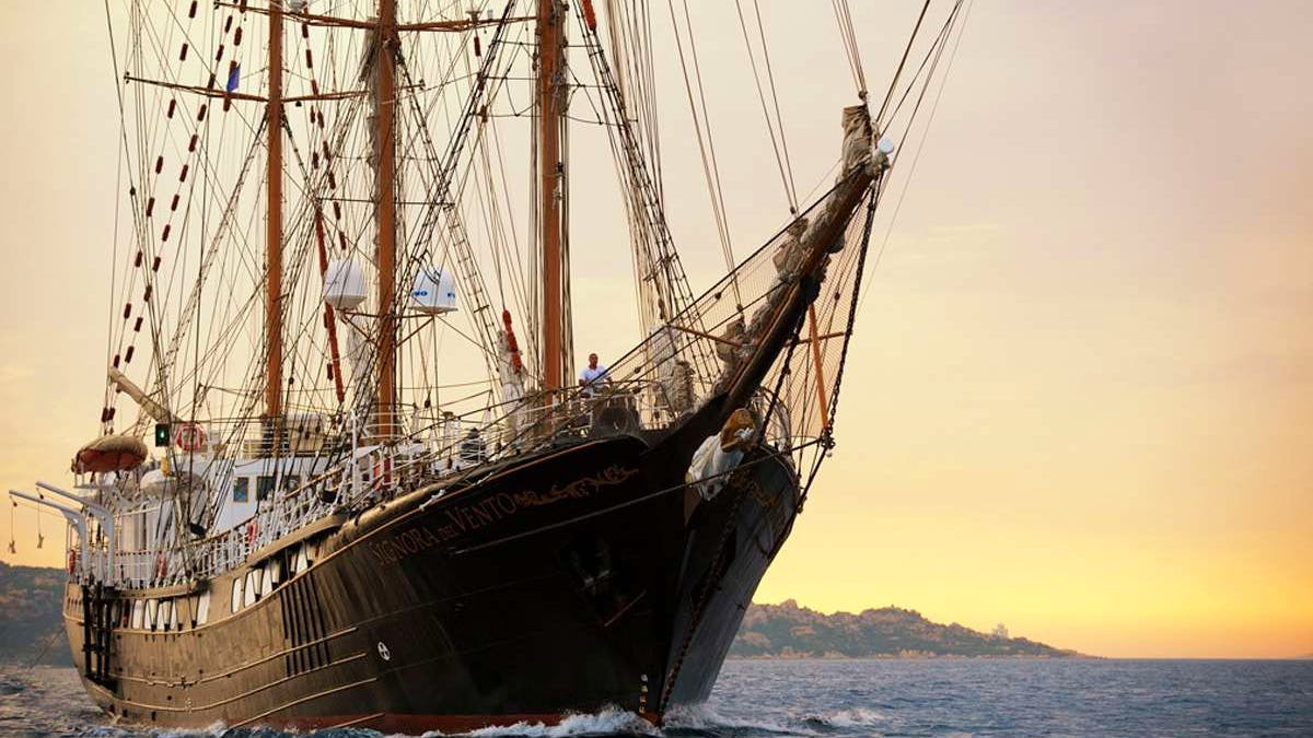 Signora del Vento Yacht