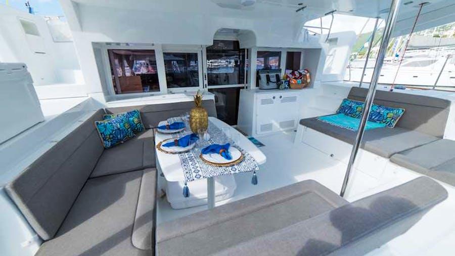 AU SOLEIL Yacht