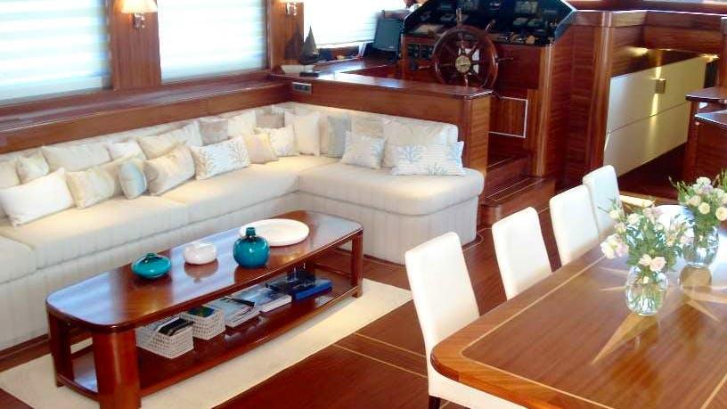 CARPE DIEM 5 Yacht