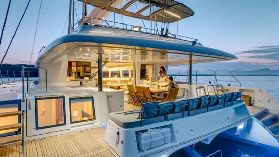 Ava Isabella Yacht