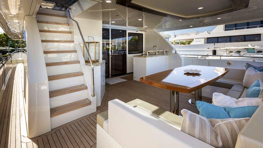 7 DIAMONDS  Yacht