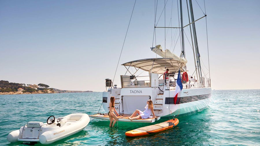 TAONA Yacht