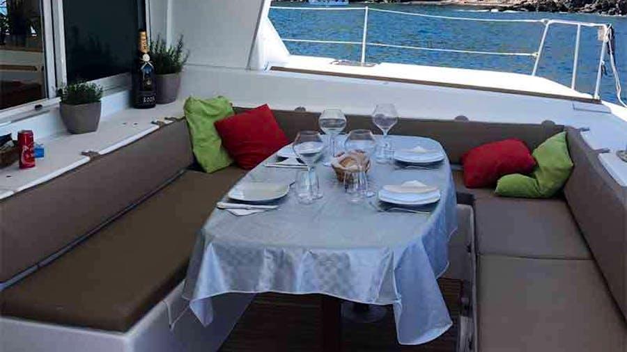 AZETA II Yacht