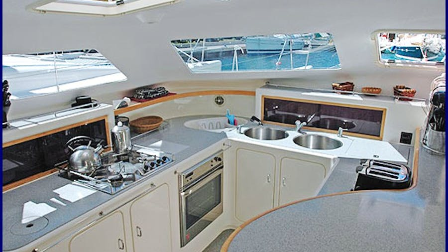 GENESIS II Yacht