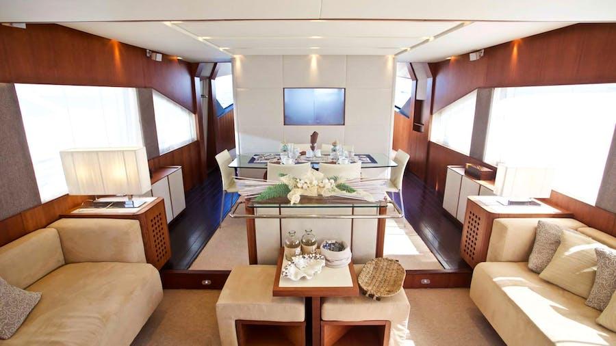 LUTETIA Yacht