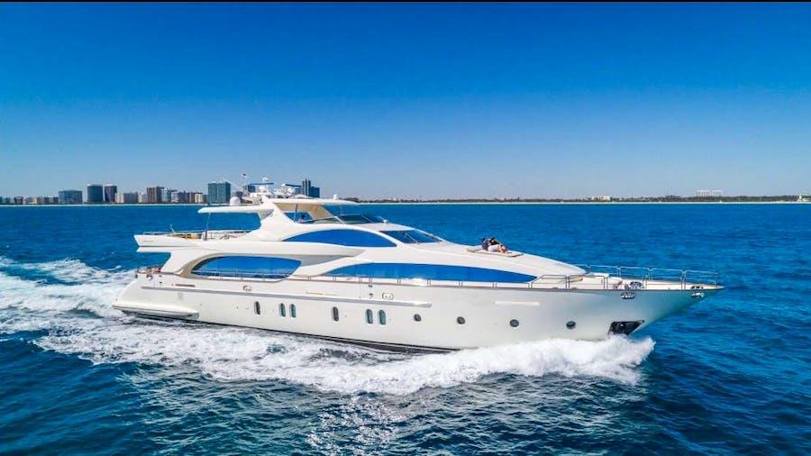 116 Azimut Yacht