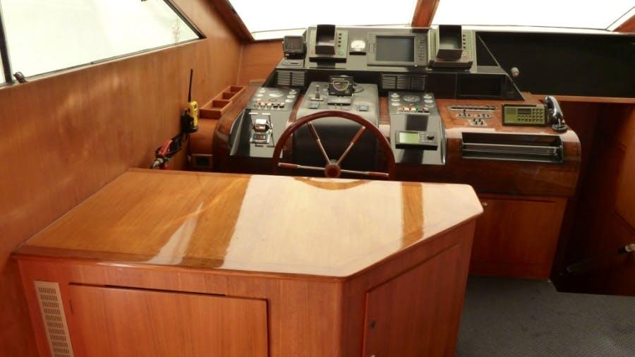 LADY TATIANA OF LONDON Yacht
