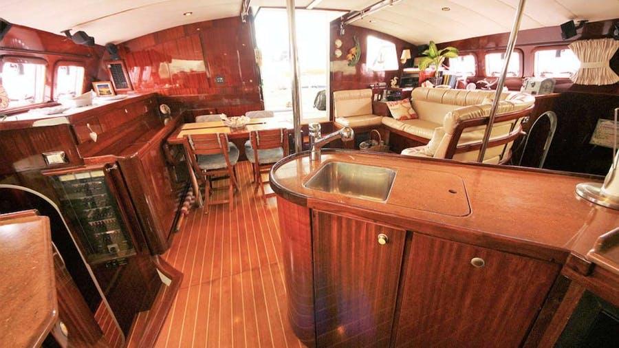 SOUTHERN PASSAGE Yacht