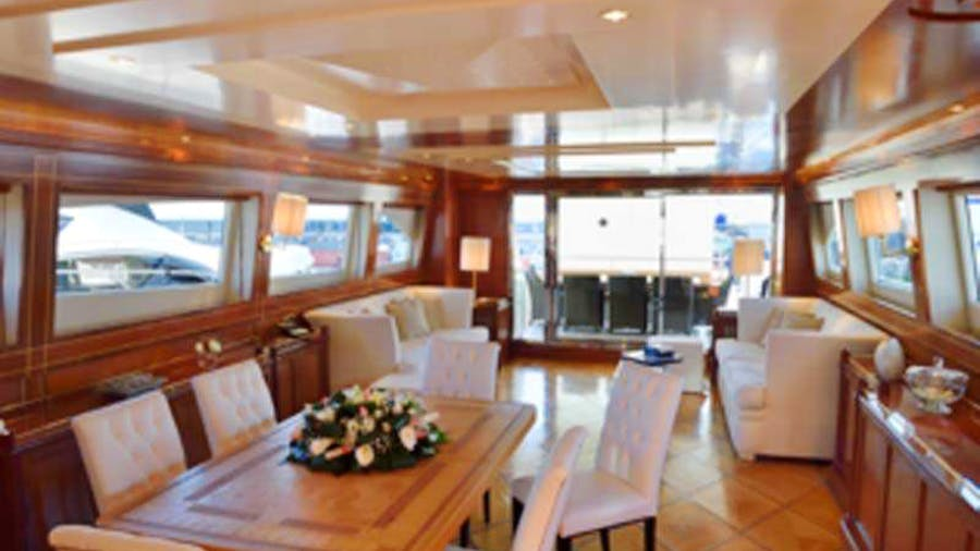 MALO' Yacht