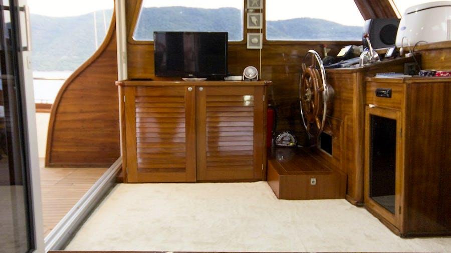 KARIA Yacht