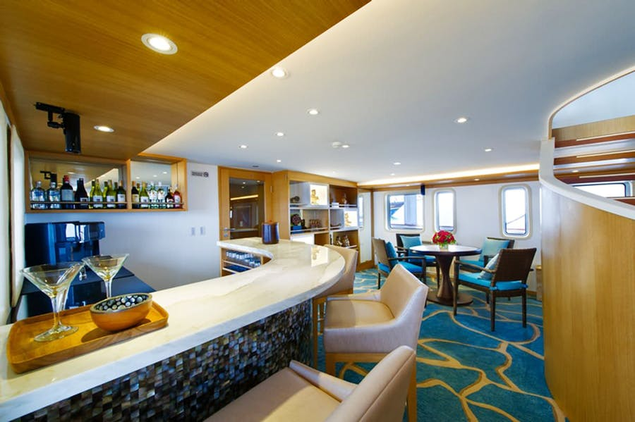 Features for SALILA Private Luxury Yacht For charter