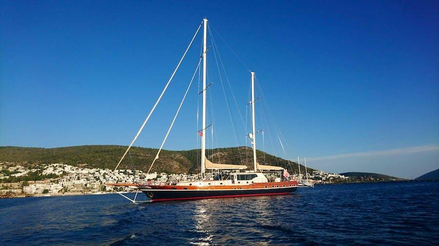 DRAGON FLY Yacht