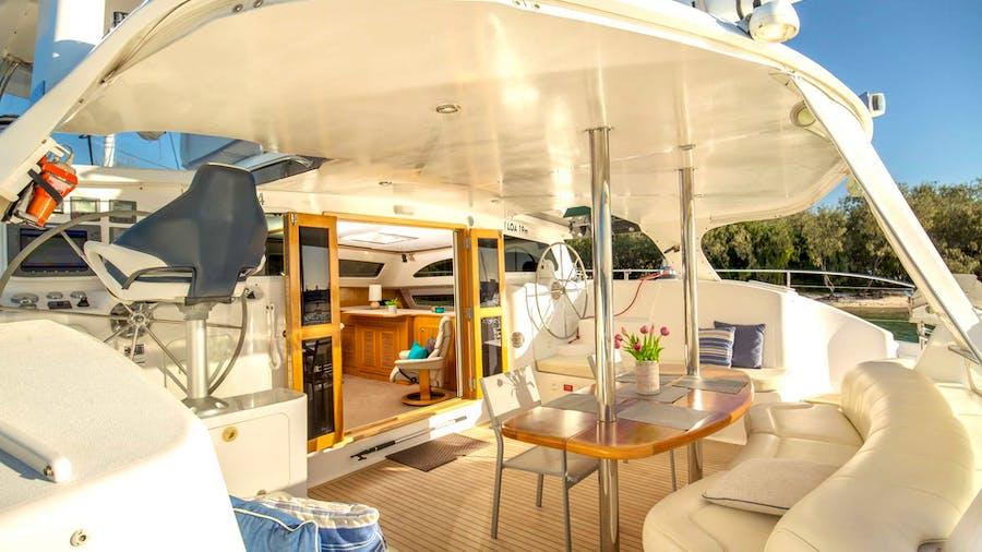 PHOENIX XI Yacht
