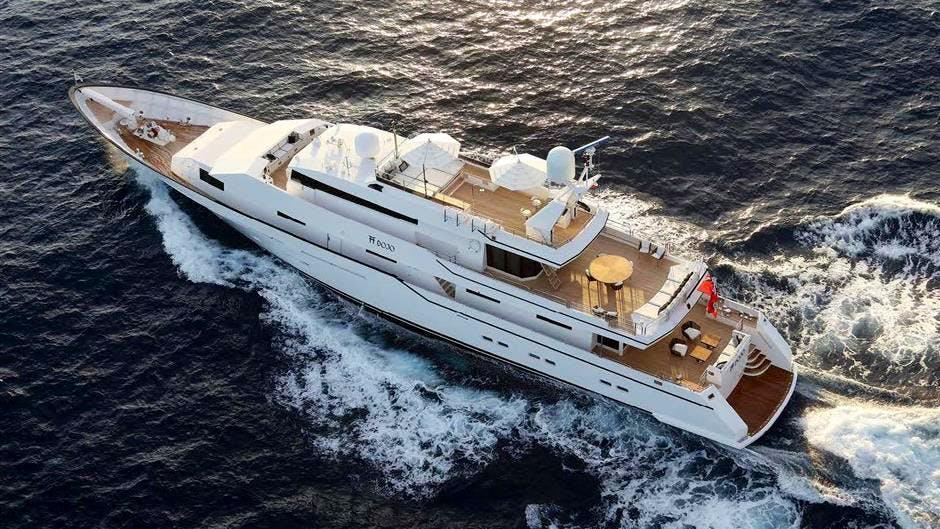DOJO Yacht