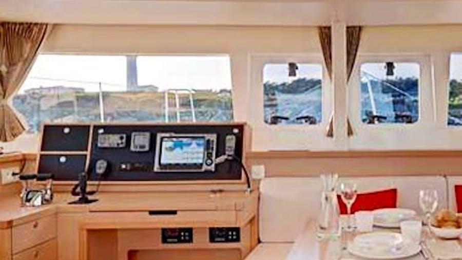 AMELIA Yacht
